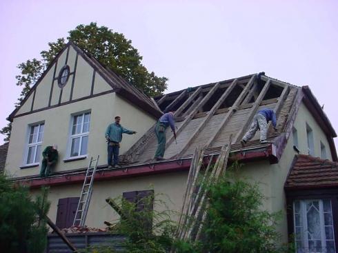 Dach plebanii 2004